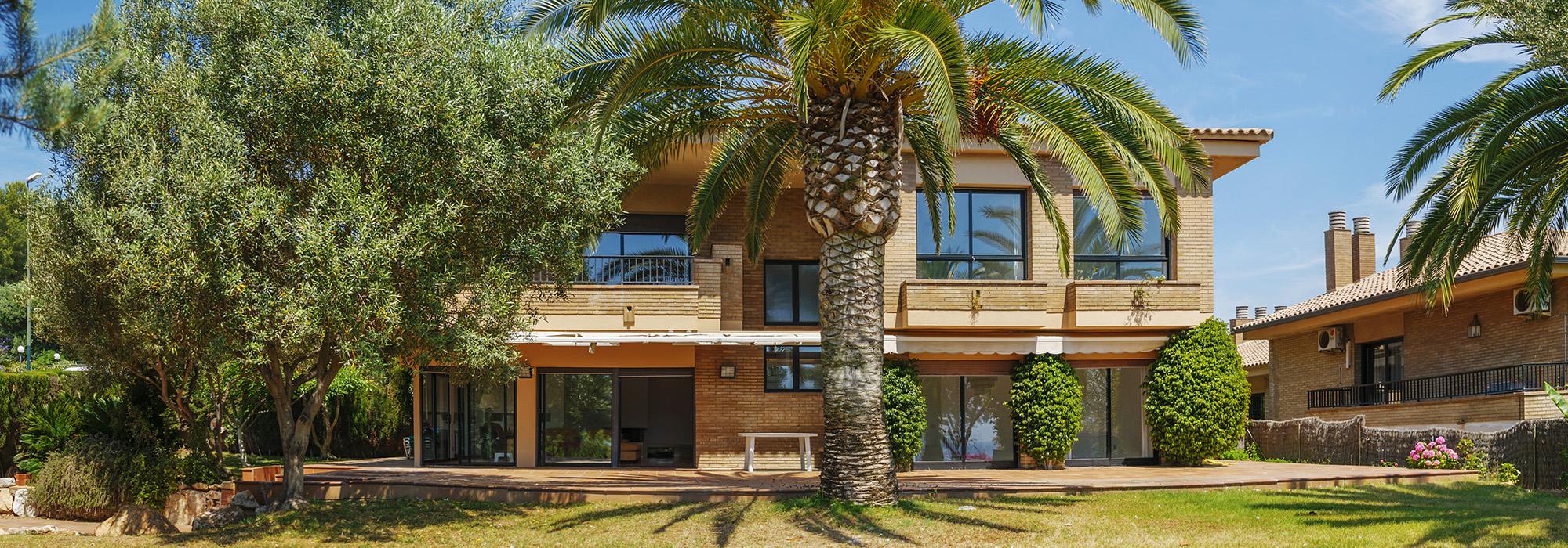 Modern Villa Cala Banys