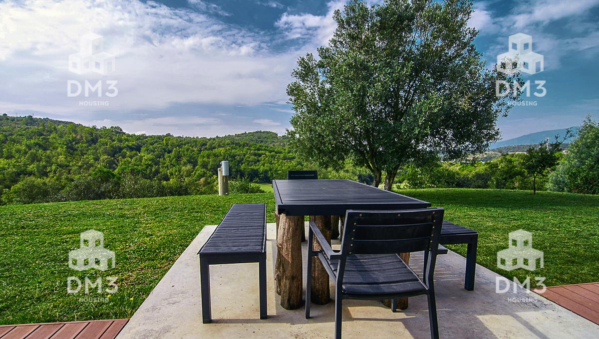 Casa moderna a finca rural a Maçanet de la Selva